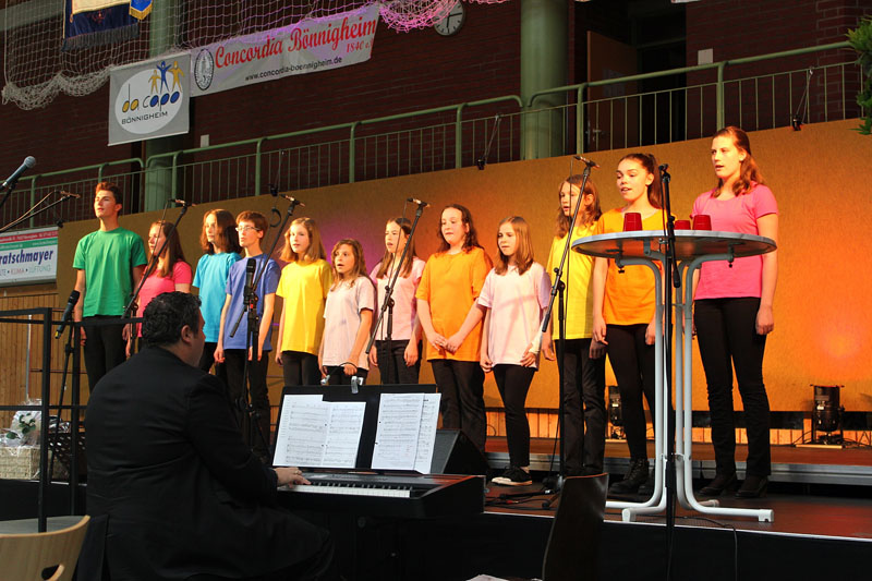 Jugendchor Crescendo beim Festakt der Concordia Bönnigheim 2015